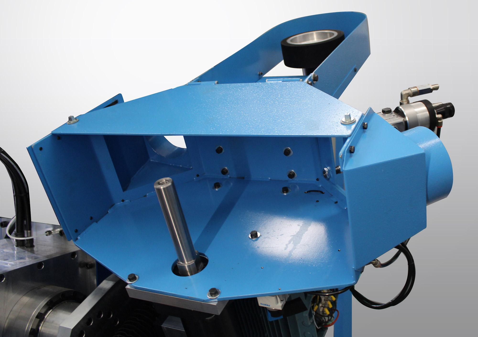 Carrousel rotatif indexé avec unité d'émerisage modèle C.N.C.S. et unité de polissage modèle C.N.C.