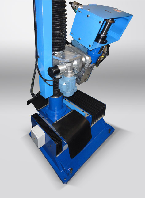 TR + CPL Tavola rotante a scatti con unità di pulitura CPL